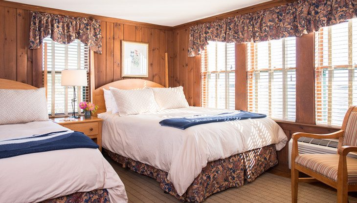 Two twin beds in cottage 5B